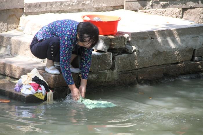 China_Shanghai_092011_3646
